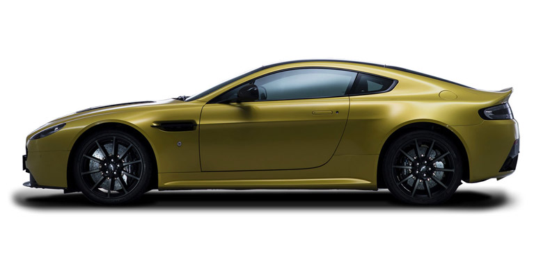 aston martin vantage 2018 side view. A Profile That Maintains The Iconic Beauty Of Aston Martin Vantage, But Adds Much More, V12 Vantage S Packs Stunning Visual Punch. 2018 Side View