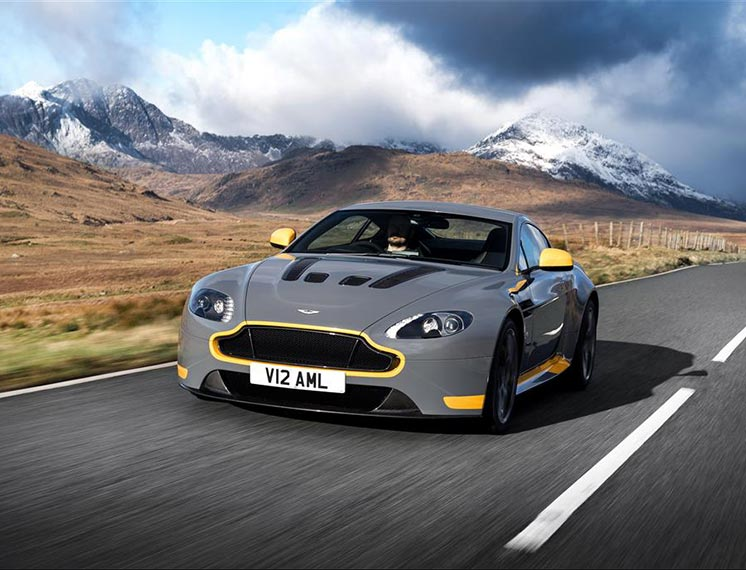 Aston Martin V12 Vantage - Great Sounding Test Drive with Burnout ...