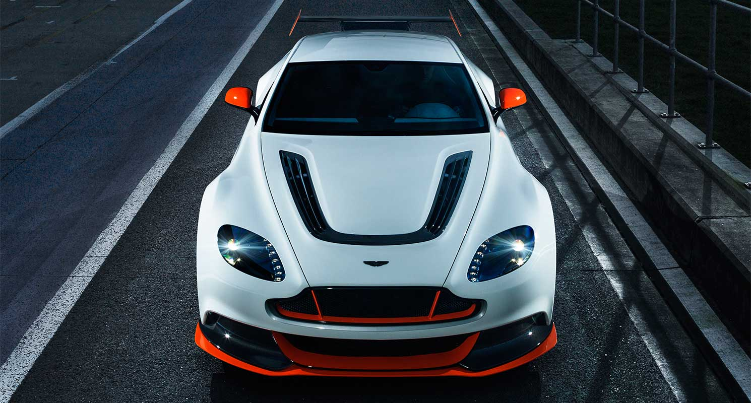Vom Rennsport Inspiriert Der Aston Martin Vantage Gt12