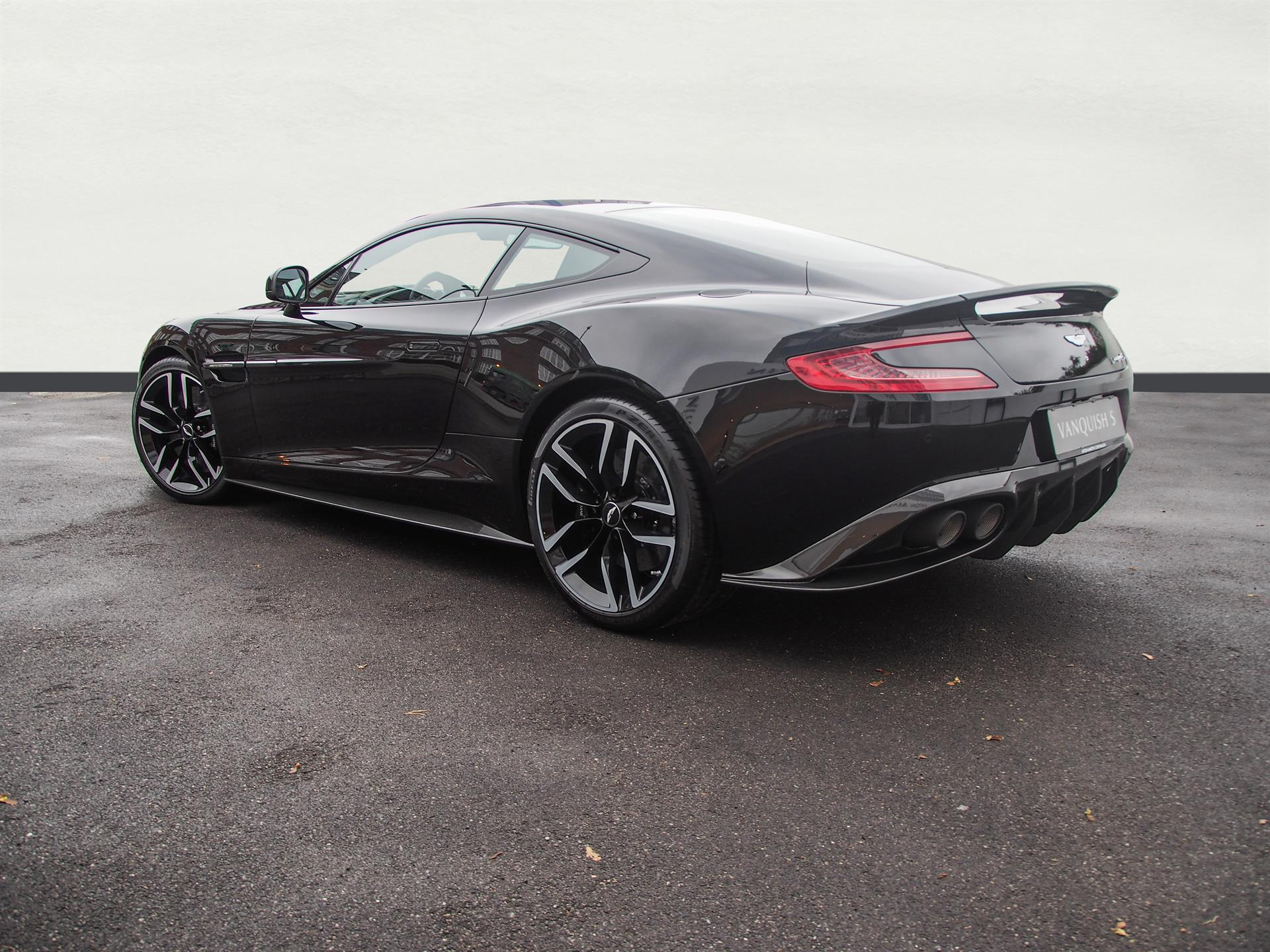 aston martin lagonda pre owned used aston martins car details vanquish s coupe new. Black Bedroom Furniture Sets. Home Design Ideas