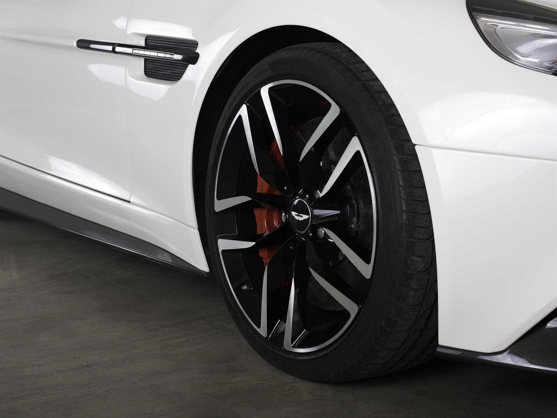 Aston Martin Lagonda PreOwned Used Aston Martins Car Details - Aston martin pre owned