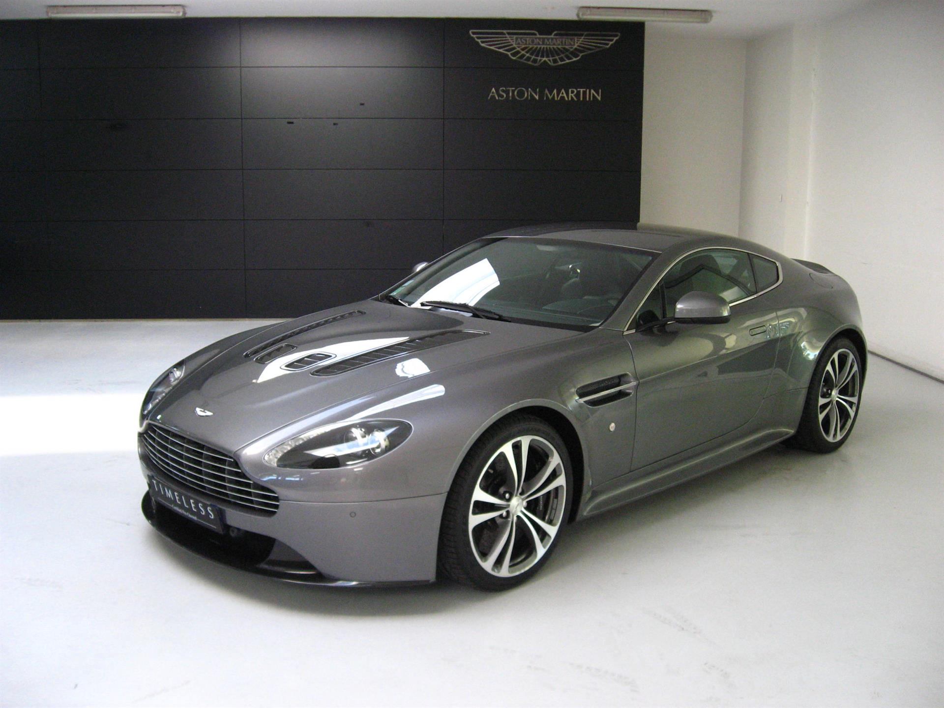 aston martin lagonda pre owned used aston martins car details v12 vantage coupe ar 330 qr. Black Bedroom Furniture Sets. Home Design Ideas