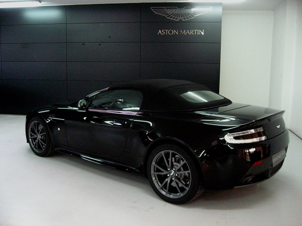 aston martin lagonda pre owned used aston martins car details v8 vantage n430 roadster. Black Bedroom Furniture Sets. Home Design Ideas