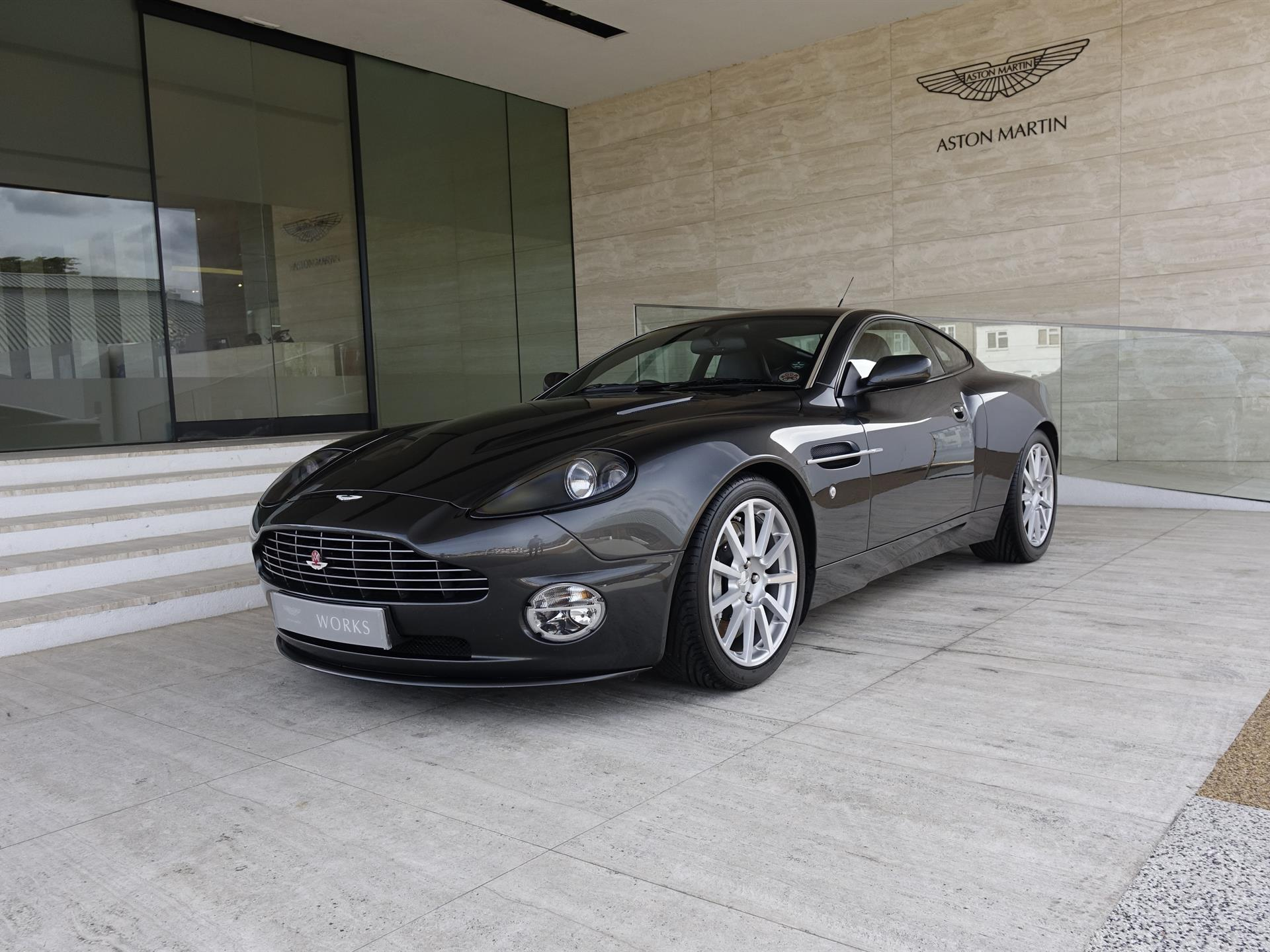 pre-owned | aston martin newport pagnell - official aston martin
